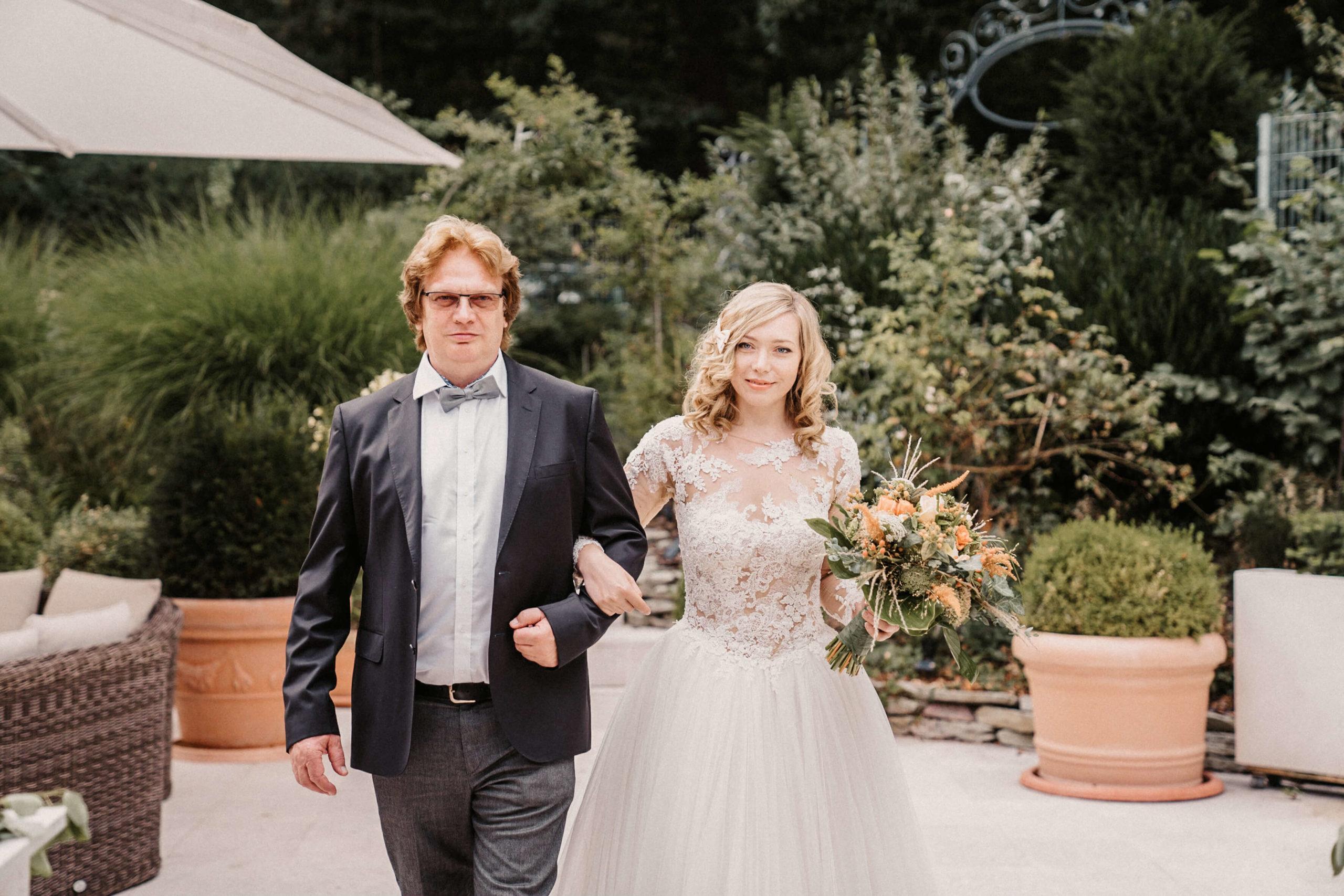 hochzeitsfotograf darmstadt heiraten im chausseehaus in wiesbaden